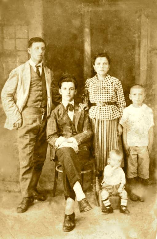Familja Radi - Prizren1922 - Anton-Bartolomeo-Gjuliana-Lazer-File