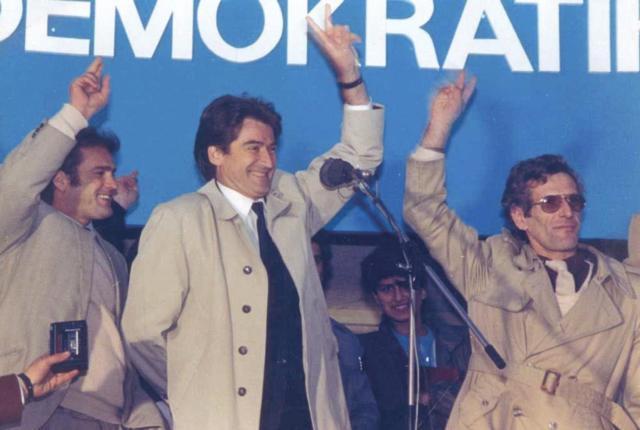 Azem Hajdari, Sali Berisha e Gramoz Pashko (12 dhjetor 1990)