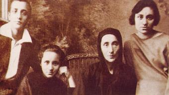 Familja e Nanë Terezës