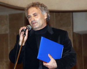 Poeti Visar Zhiti