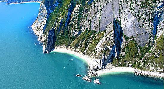 Mali dhe Riviera i Coneros - Ancona