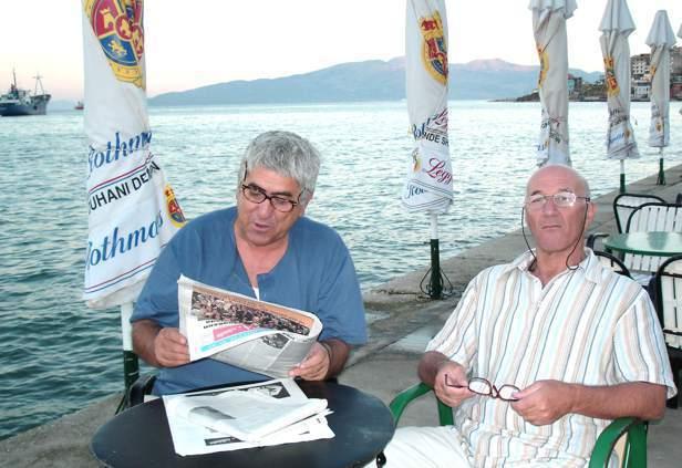 Dionis Qirxidhi dhe piktori Nestor Jonuzi
