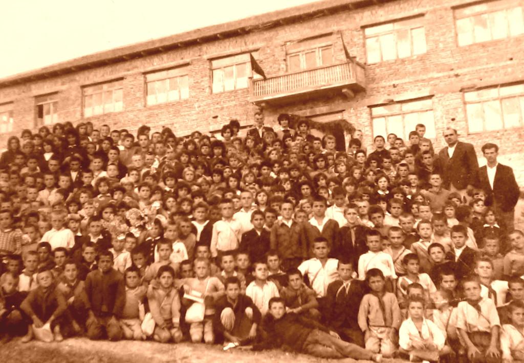 Shkolla e Karbunarës 1966