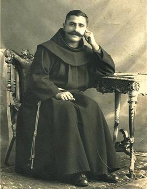At Shtjefën Gjeçovi (1873-1929)