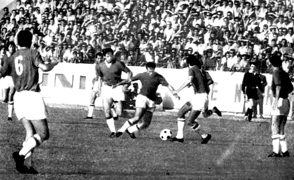 16 Shtator 1971 - 17 Nentori i Tiranes  - Ajax i Amsterdamit 2 - 2