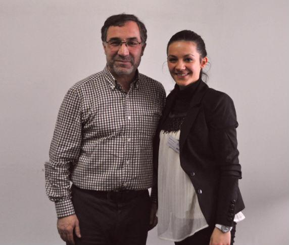 Hajdin Abazi dhe nji aktiviste Koovare