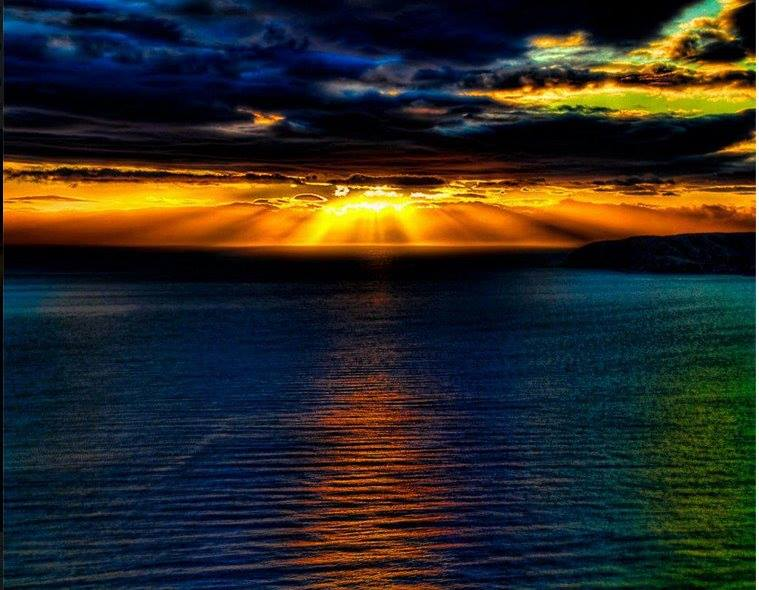 Lindje dielli mbi det...