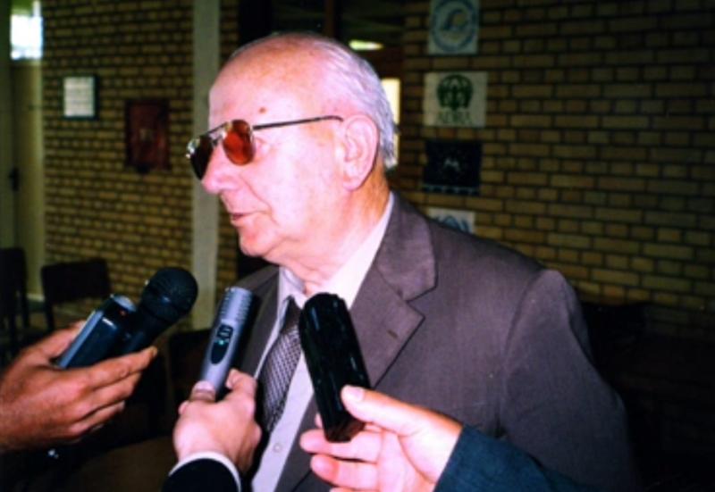 Muzikologu Tonin Zadeja (1926-2011)