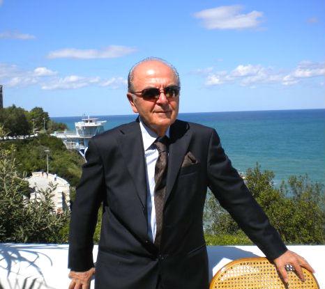 Robert Prennushi - muzikolog