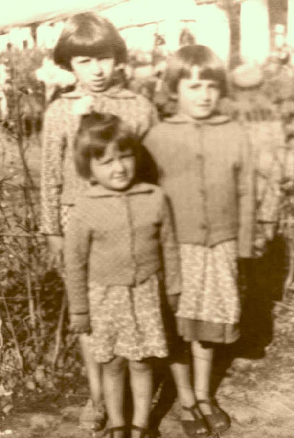 Tri motrat Kaba...