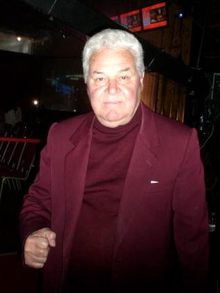 Ahmet Golemi - ish boksier