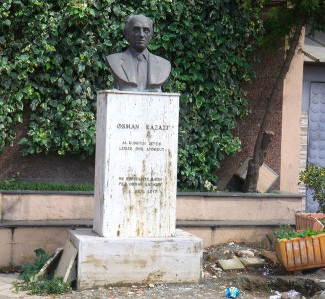 Busti i Osman Kazazit (1917-1999)