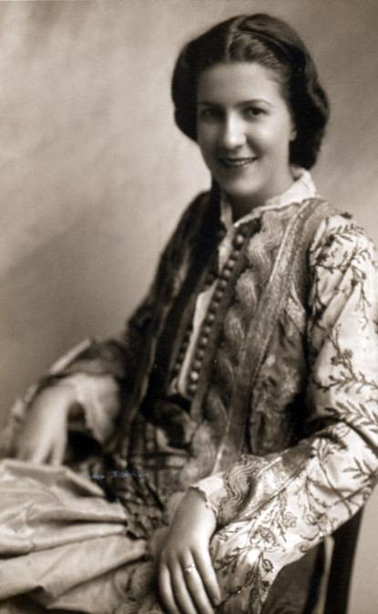 Sabiha Kasimati - Shqiptarja e parë shkenctare