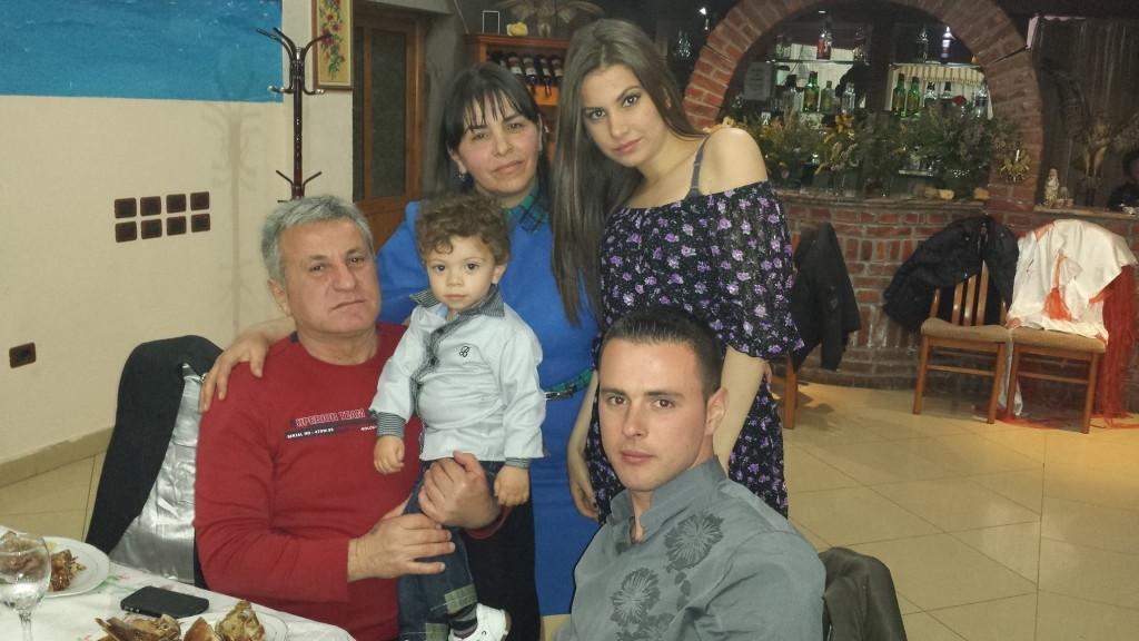 Familja Belba dhe Irisi