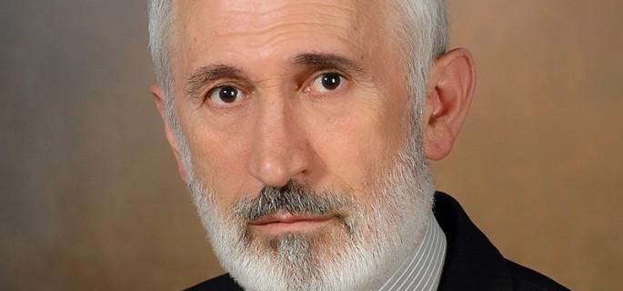 Dr. Agim Vinca