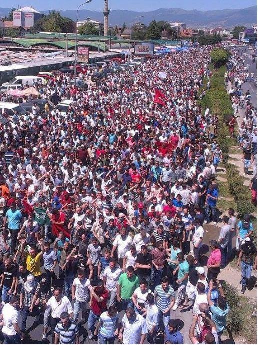 Pamje nga protesta e 4 korrik ne Shkup