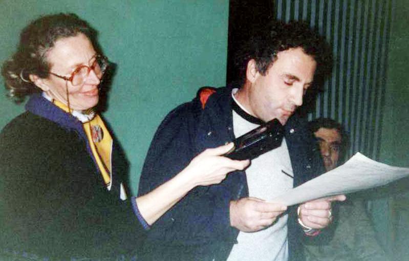 """Lushnje 1993 Kozeta Mamaqi e Visar Zhiti - Promovimi i librit """"Muret e Muzgut"""""""