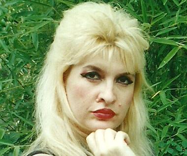 Gazetarja dhe Poetja Elida Buçpapaj