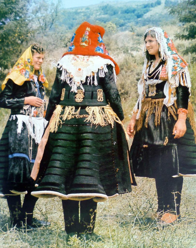 Gra me xhubleta - veshje 4000 vjeçare