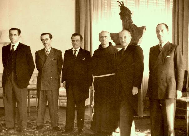 Këshilli i Regjencës 1943 (Mihal Zallari i dyti majtas)