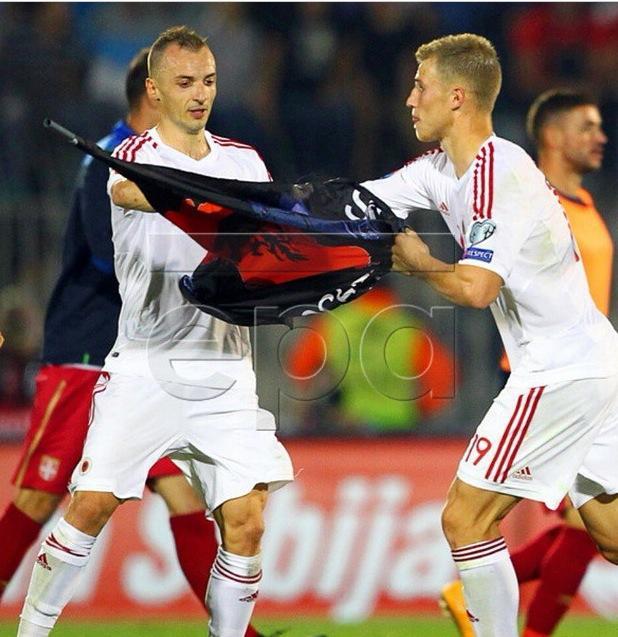 Xhaka e Balaj mbrojnë flamurin në Stadium Partizan