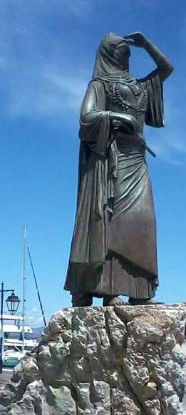 Statuja e Laskarina Bubulines