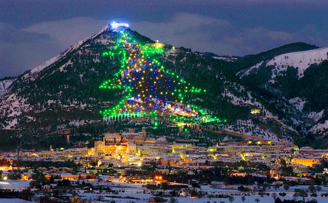 Pema e Krishtindjeve ne Malin e Gubbios (Itali)