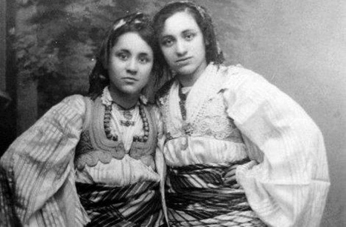 Gonxhe dhe Age Bojaxhi - 1923