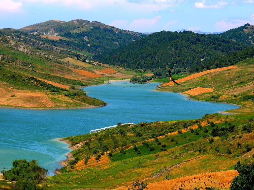 Darsia - Liqeni i Kasharajt (foto Luan Kotorri)