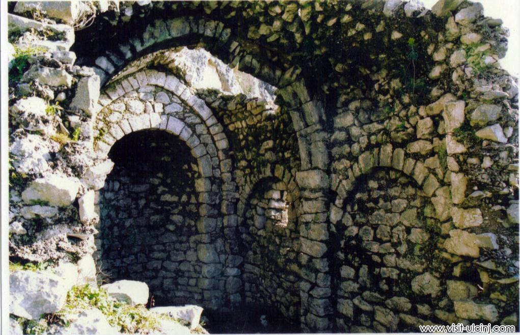 Shasi - Qyteti ilir i 365 kishave
