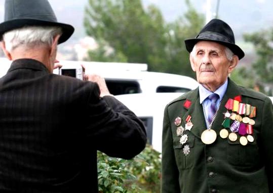 Veteranë dekorimesh...