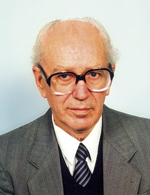 Prof. Dr. Aleksandar Stipçeviq (1930)