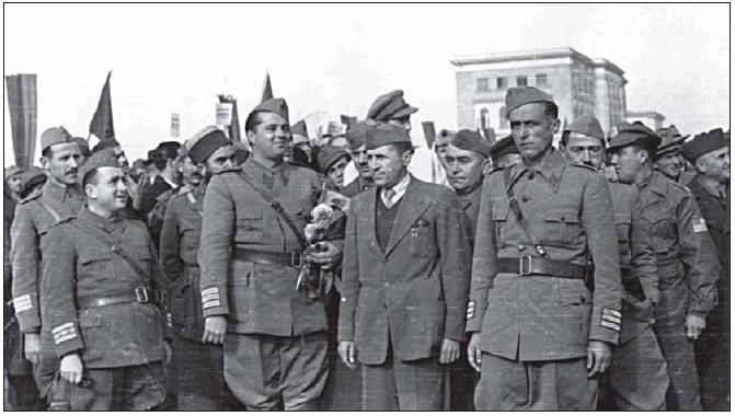 Krerët e Çlirimtares në Tiranë 1944