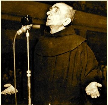 At Anton Harapi (1888-1946) Para gjyqit komunist