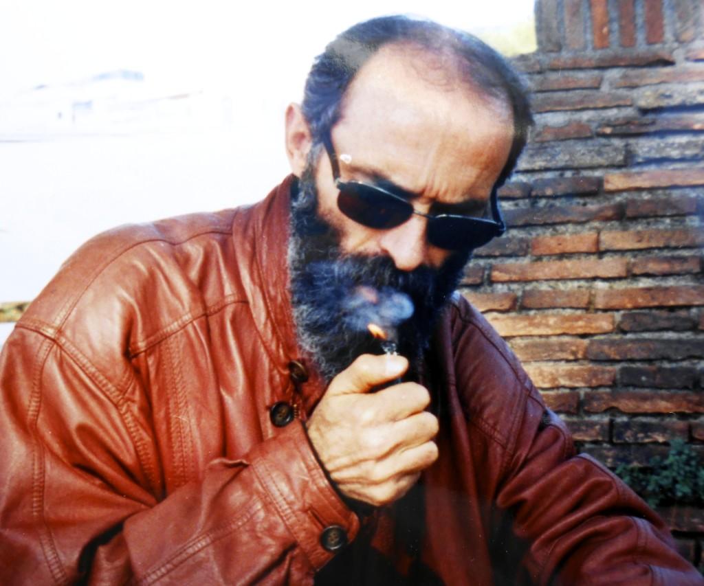 Poeti Gëzim Hajdari 2004 (Arkivi Radi)