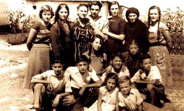 Familja Mirakaj - ne interrnime