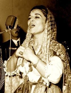 Nexhmije Pagarusha - Mbretëresha e Këngës Shqipe