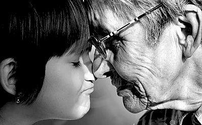 Gjyshja... dhe mbesa