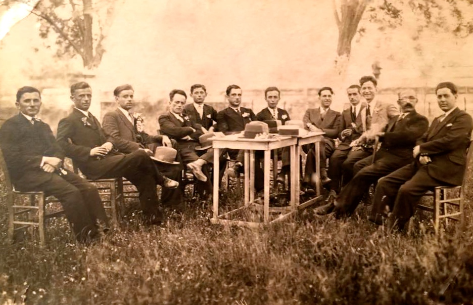 Vitet '30 - Intelektuale elbasanas - Haxhiademi i pari djathtas