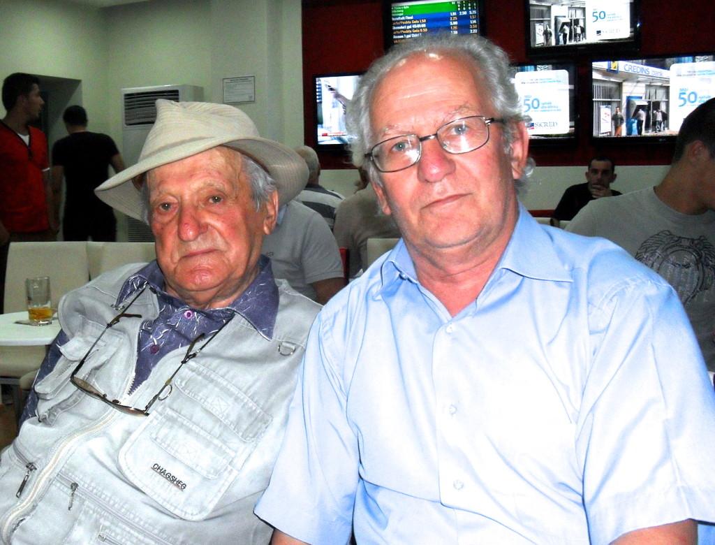 Petraq Zisi (93 vjeç) dhe Klodi Stralla