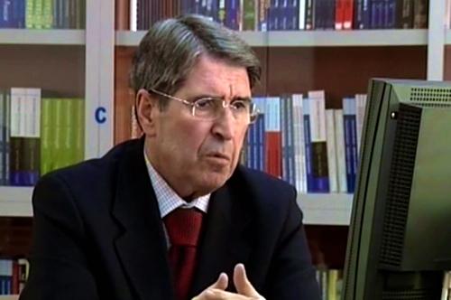 Profesor Esat Stavileci (1942-2015)s