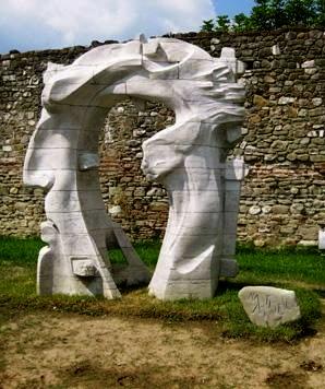 Monumenti Antidiktaturë në Elbasan