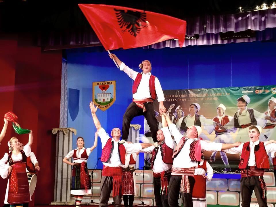 Festivalit Folklorik të Valles Burimore - Lushnje 2015Festivalit Folklorik të Valles Burimore - Lushnje 2015Festivalit Folklorik të Valles Burimore - Lushnje 2015