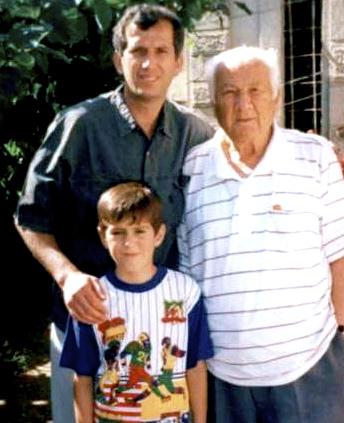 Lazer Radi 26 maj 1997 - Ndarja me djalin dhe nipin - Tre breza