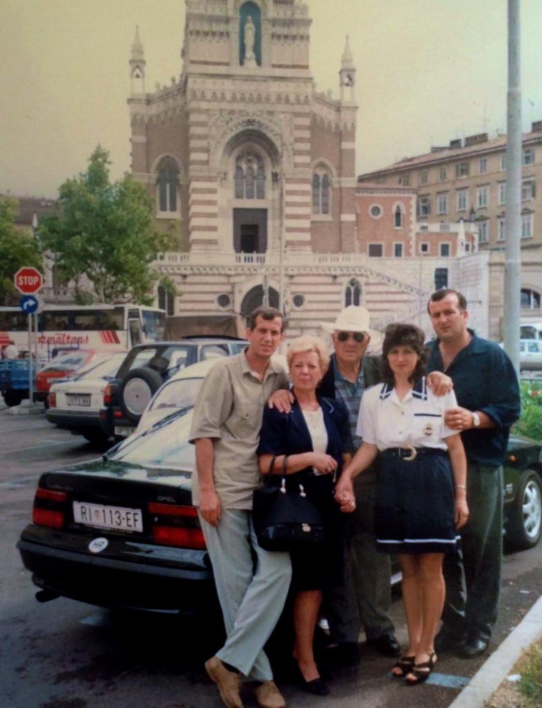 Lazёr Radi me djemte Jozef e Luçian ne çastin e ndarjes - Rijekё korrik 1996