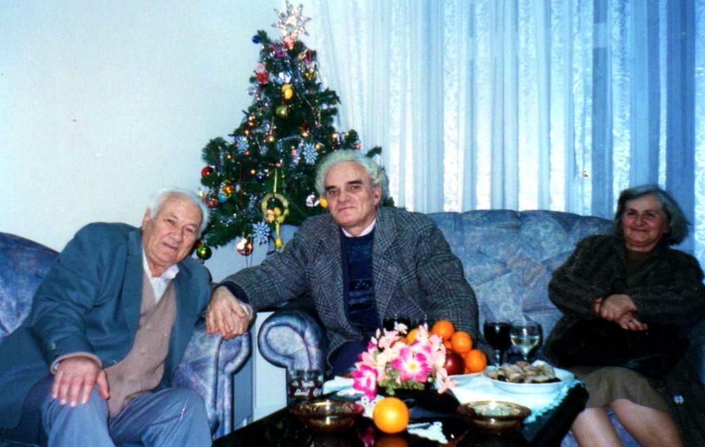 Lazёr Radi me poetin Agim Shehu e tё shoqen Zana - Tiranё 4 janar 1997