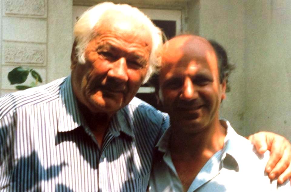 Lazёr Radi me poetin e gazetarin e Rilindjes Xhemajl Mustafa - Tiranё, verё 1992