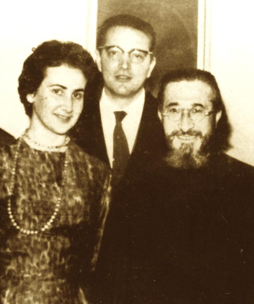 Martin dhe Erica Camaj me Papas Solano