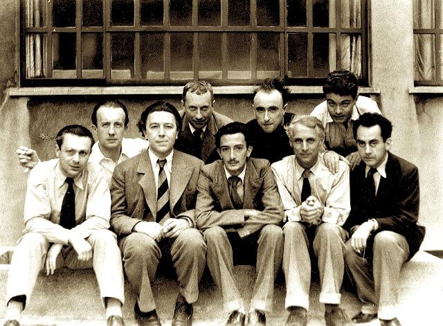 Tristan Tzara, Paul Éluard, André Breton, Hans Arp, Salvador Dalí, Yves Tanguy, Max Ernst, René Crevel e Man Ray