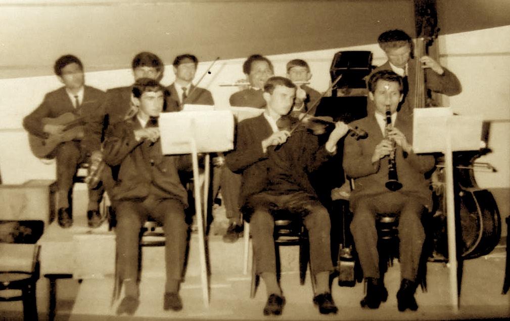 Formacioni i orkestrёs sё estradёs profesioniste, 1966